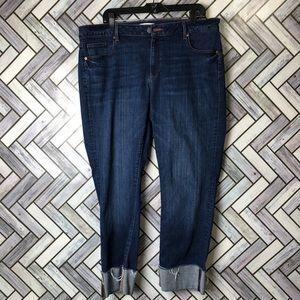 LOFT Dark Wash Cropped Curvy Straight Jeans